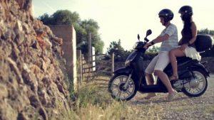 Alquila tu moto para visitar Lanzarote
