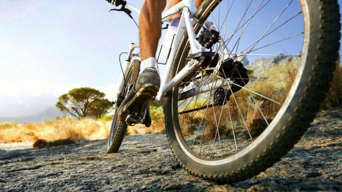 Alquila una bici en Lanzarote y disfruta de sus entornos