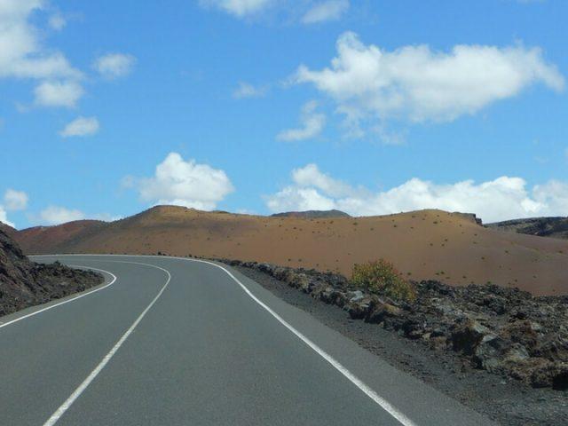 Carretera dirección Parque Nacional de Timanfaya