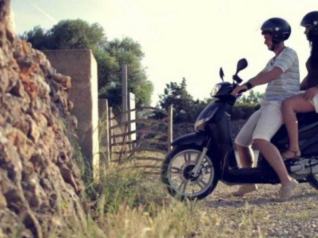 Alquiler de moto para disfrutar d eLanzarote