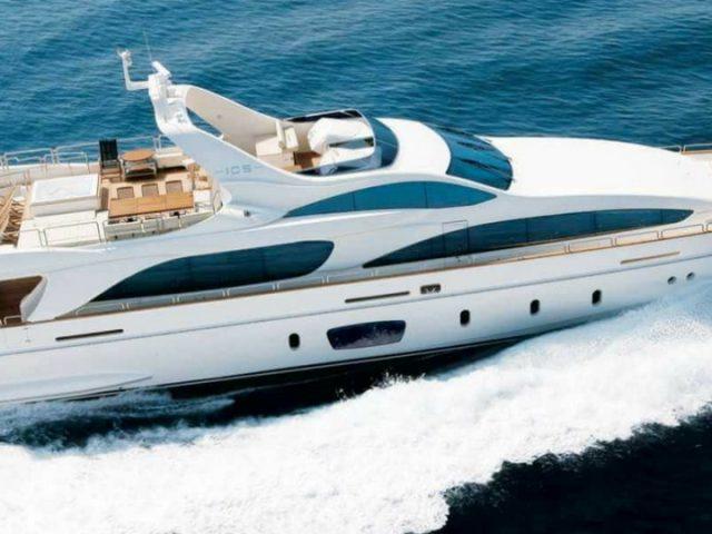 Barcos deportivos en Lanzarote
