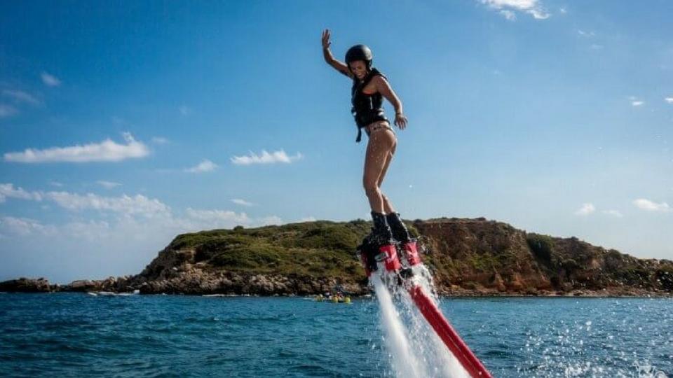 Diviertete en Lanzarote en Flyboard