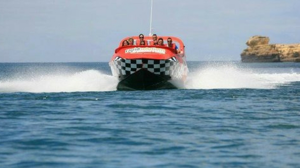 Diviertete en Lanzarote en un Jetboat