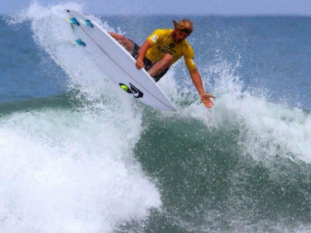 Gran variedad de escuelas de surf en Lanzarote