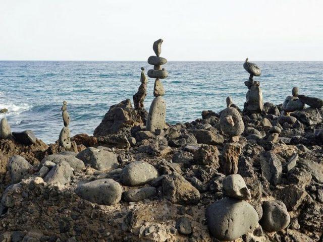 Monumentos de piedras - Instalaciones populares en Lanzarote