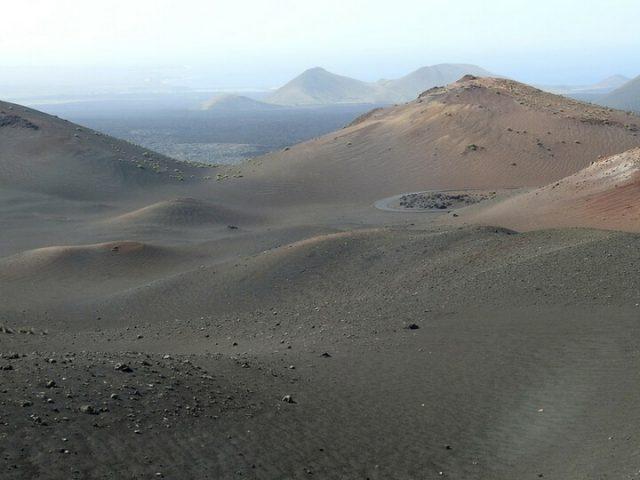 Parque Nacional de Timanfaya y sus volcanes
