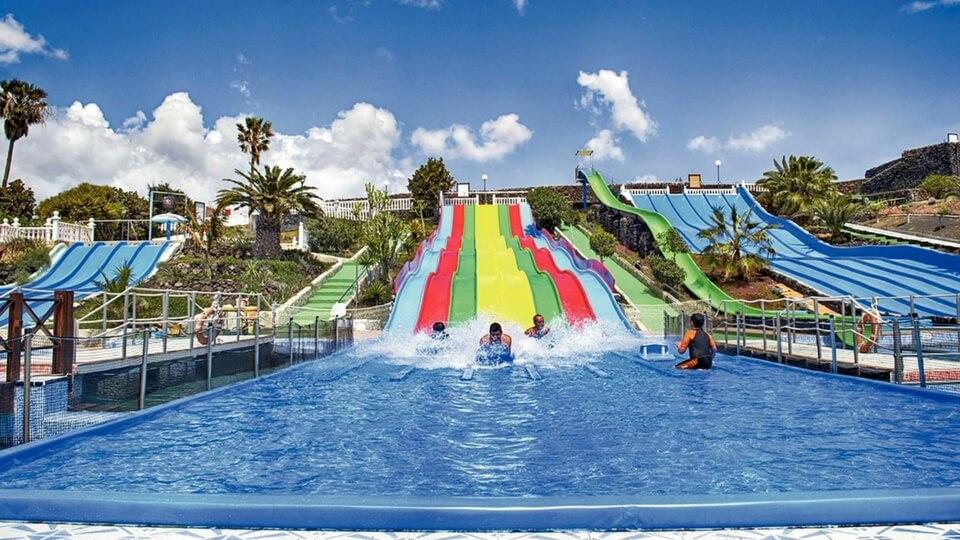Parque tmático en Costa Teguise Aqua Park