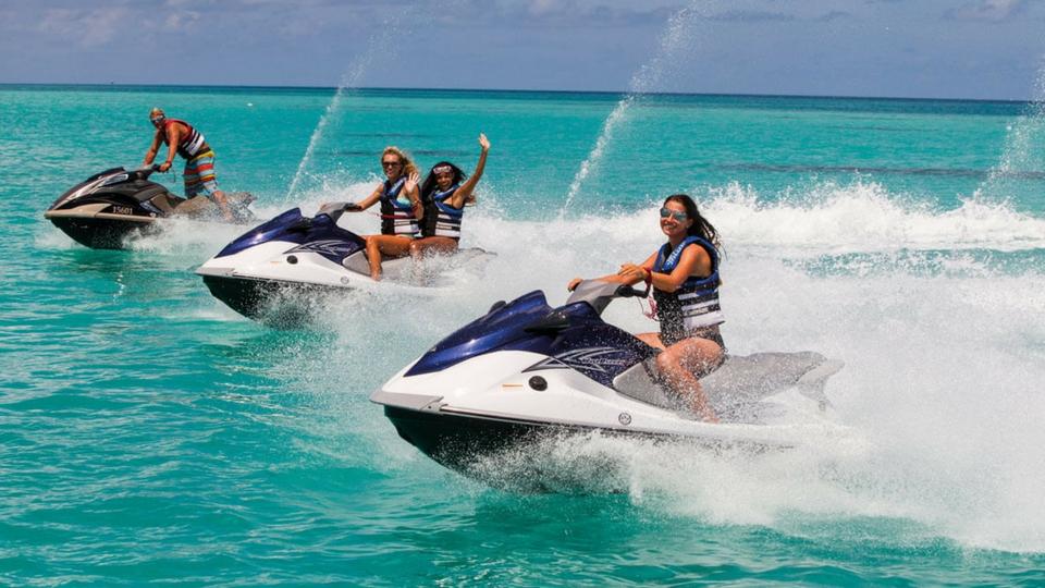 Safaris en motos de agua; diversión en Lanzarote