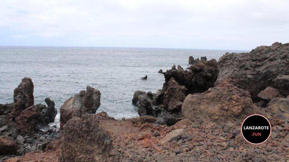 Playa Montaña Bermeja